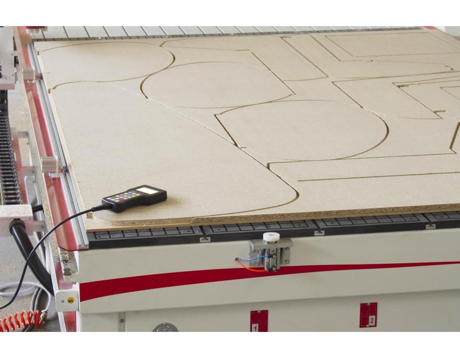 CNC Centrum obróbcze ROUTERMAX – BASIC 1325 DELUXE
